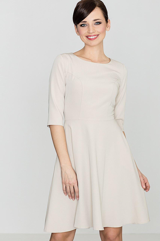 Skromna beżowa sukienka midi z rękawem 34